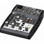 Behringer XENYX502  medium2